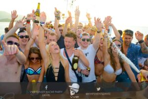 zante-boat-party-girls