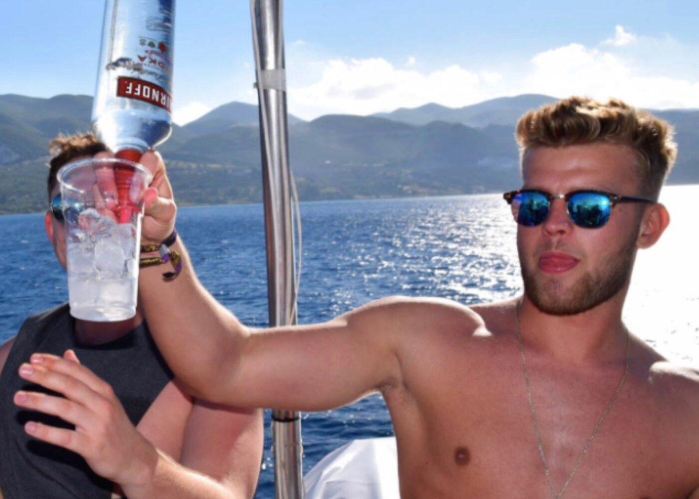 zante-holidays-boat-party