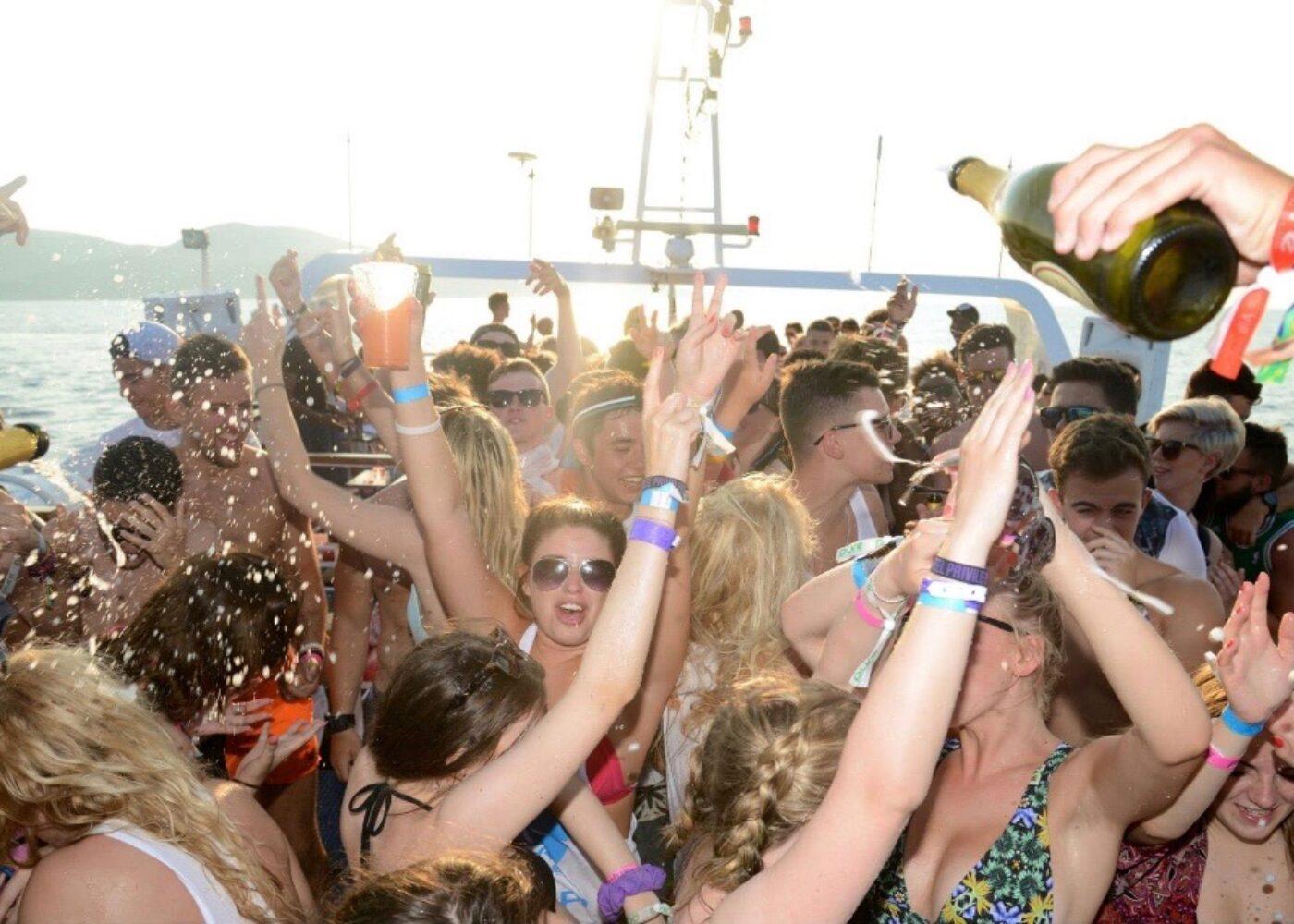 zante-yacht-party